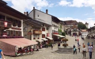 グリュイエール チーズの村