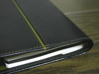 黒革の手帳カバー