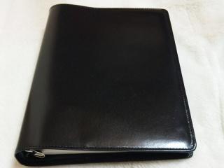 革のA5バインダー 黒