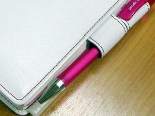 細身のペン